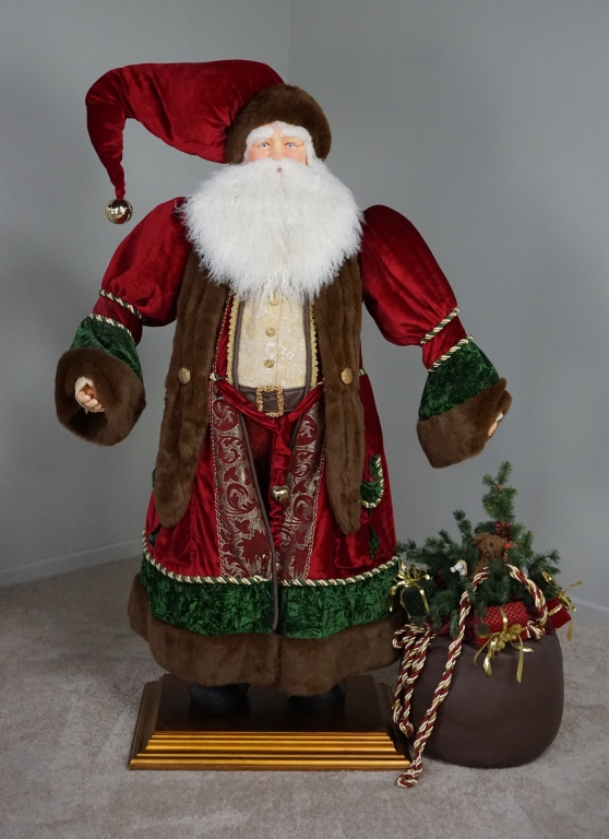 LIFE SIZE SANTA CLAUS WITH TOY SACK