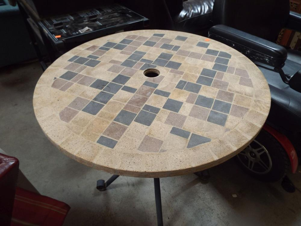 sold price small round patio table