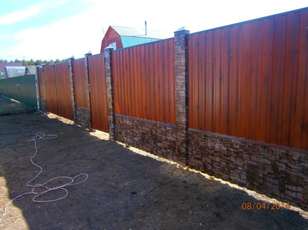 Забор из штакетника Дубна - Заборы из профнастила