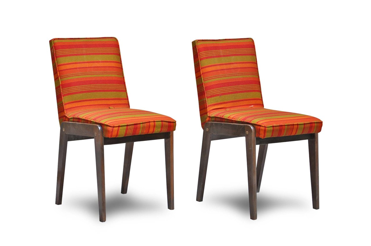 Eccezionale lotto 5 sedie metalliche anni 50 in stile superleggera di gio ponti. Poltrone Anni 60 Gamba Compasso In Legno Italian Vintage Sofa