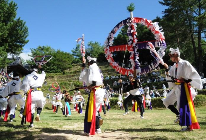 Festivales de Japón: el Akasaki Matsuri, un festival celebrado en la ciudad de Toba (prefectura de Mie) cada año el 22 de junio