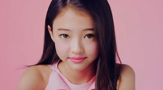 3 People Who Have Been Said To Look Like BLACKPINK's ...