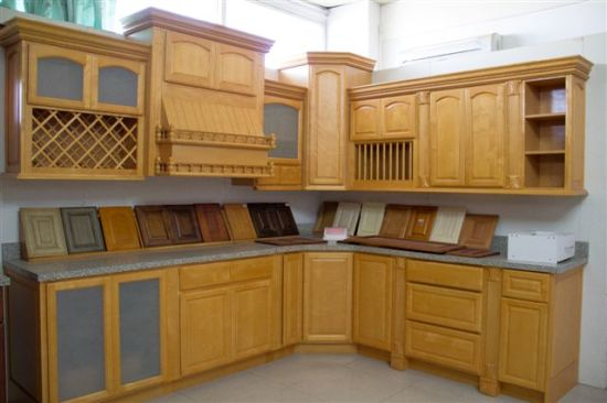 China Kitchen Furniture Natural Wood Color Maple Kitchen ... on Natural Maple Cabinets  id=51389