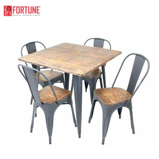 couleur cuivre tolix chaise