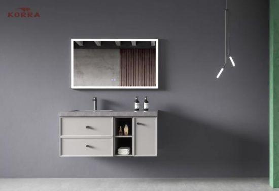 salle de bains en bois noir armoire