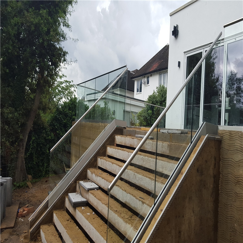 China Stainless Steel Outdoor Stair Railings Outdoor Hand Rails | Metal Handrails For Outdoor Steps | Outside | Hand | Backyard | Wood | Contemporary