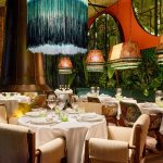 China Southeast Asia Restaurant Shiny Green Velvet Banquet Curved Booth Set Photos Pictures Made In China Com