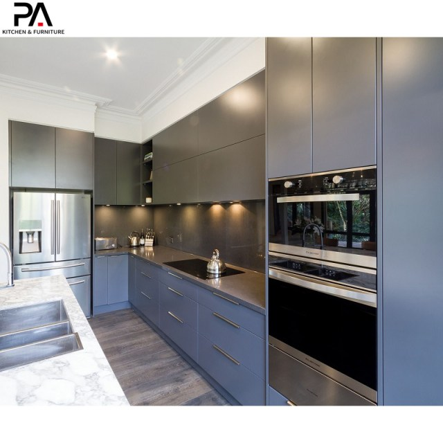 China Italian Popular Design Modular Blue Lacquer Modern Kitchen Pantry Cabinets Photos Pictures Made In China Com