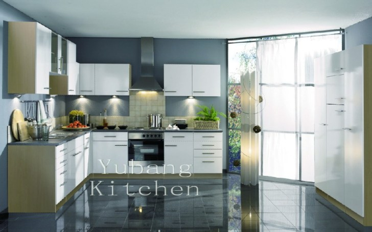 Lacquered Kitchen Cabinet M2012