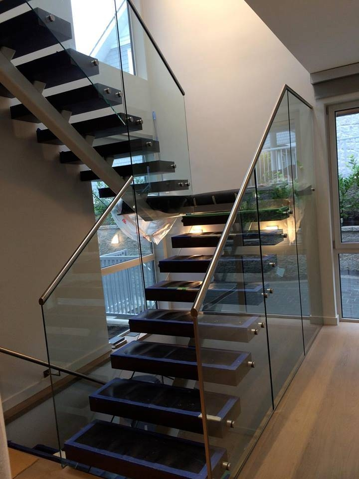 China Staircase Railing Designs With Glass Staircase Glass Railing   Stairs Railing Designs In Steel With Glass   Balcony   Wooden   Modern   Guardrail   Stainless Steel