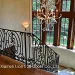 China Home Used Wrought Forged Classic Cast Iron Spiral Staircase Elements Stair Railing China Steel Railings Security Railing