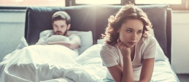 Shamming the husband without demanding a divorce