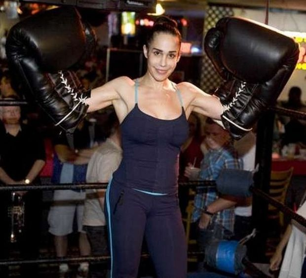 Octomom Nadya Suleman Looking To Fight A Western