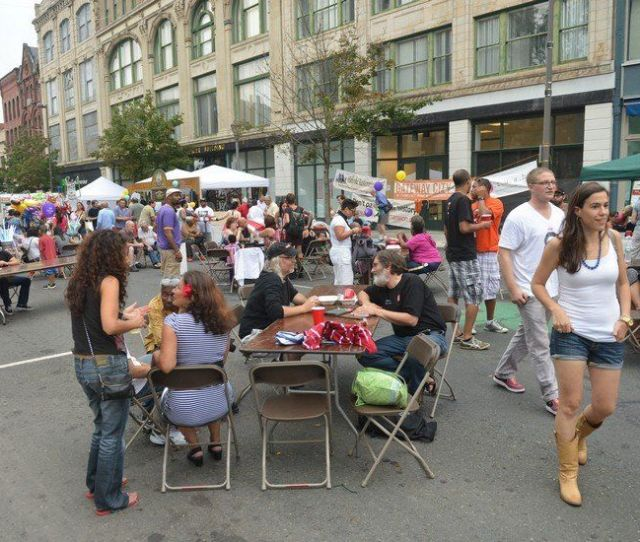 Taking It To The Street In Holyoke Fifth Annual Great Holyoke Block Party Full Article And Photos Here Lori Stabile Special To The Republican