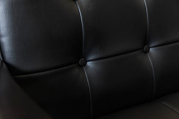 レトロソファー 【2人掛け】 合成皮革 肘付き ブラック(黒)
