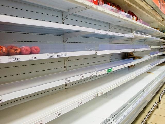 """""""Коммерсант"""": торговые сети и поставщики продуктов опасаются сбоев из-за новых правил движения грузовиков"""