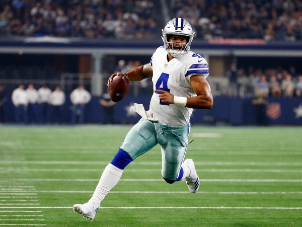 The sputtering Dallas Cowboys lost at Seattle in Week 3. The Detroit Lions defeated the New England Patriots to post their first win of the season.