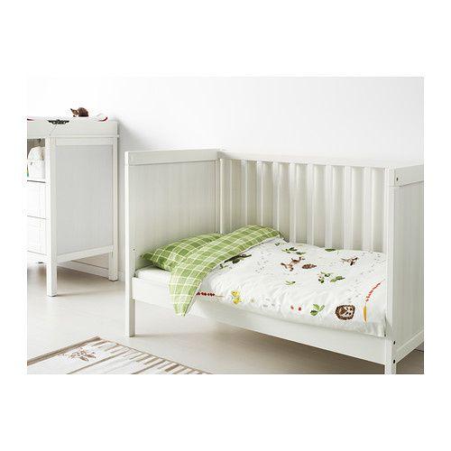 un lit de grande