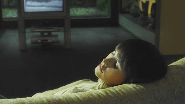专家提醒:开灯睡觉女性更容易长胖