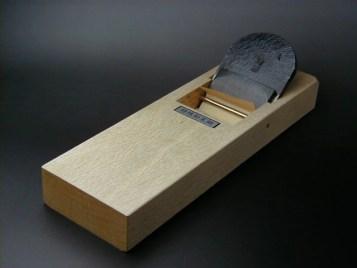 楽天市場】大鉋 オールマイティ 瑞運 70mm HAP40 かんな 大工道具 平鉋:刃物・道具の専門店 ほんまもん