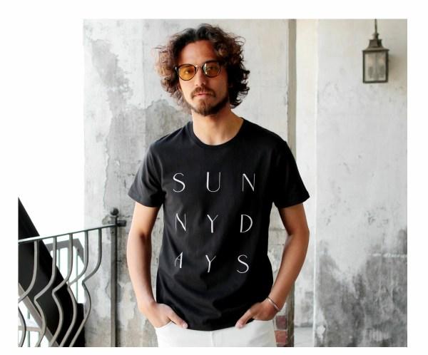 Tシャツ メンズ「SUNNY DAYS」E柄