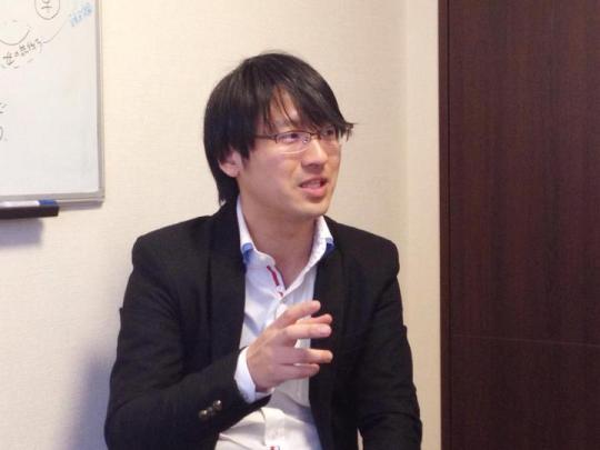 講義する上野大照