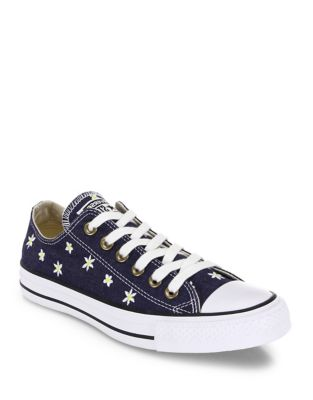 Chuck Taylor All-Star Denim Daisy Low-Top Sneakers