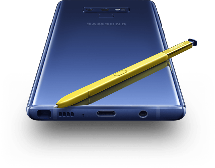 The rear of Galaxy Note9 with S Pen on top, viewed from the bottom