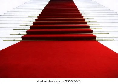 https www shutterstock com fr image photo red carpet on staircase 201605525