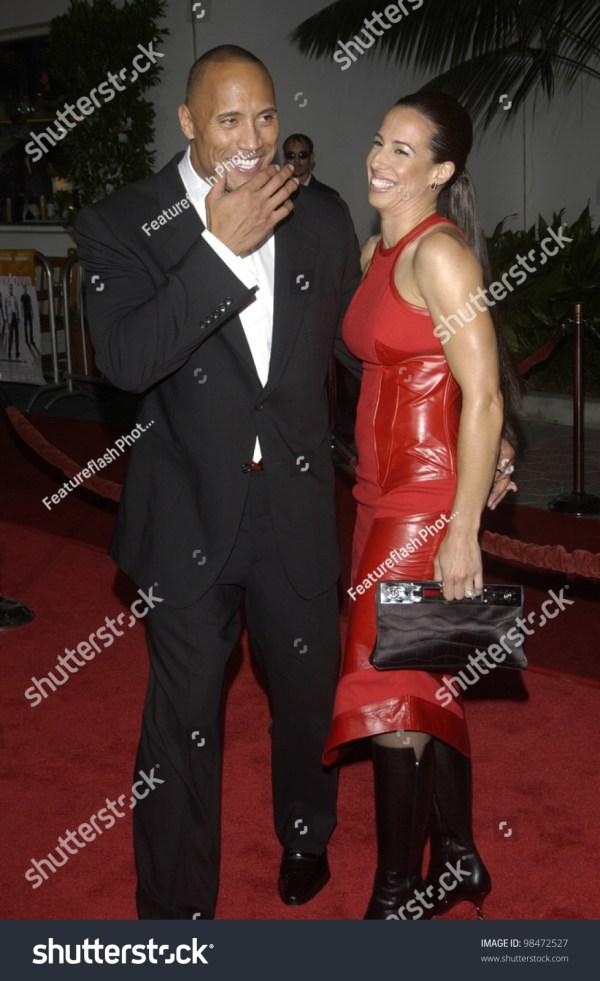 Actor Dwayne Johnson Aka Rock Wife Stock Photo 98472527 ...