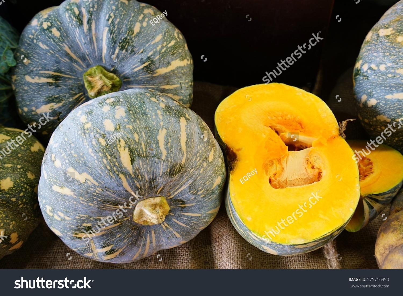 Orange Kabocha Squash Farmers Market Stock Photo 575716390 - Shutterstock