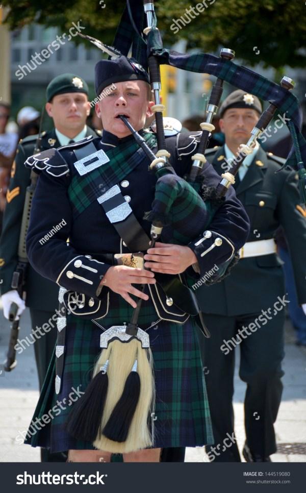 Ottawa, Canada - June 30: Ceremonial Guard Stand Watch ...
