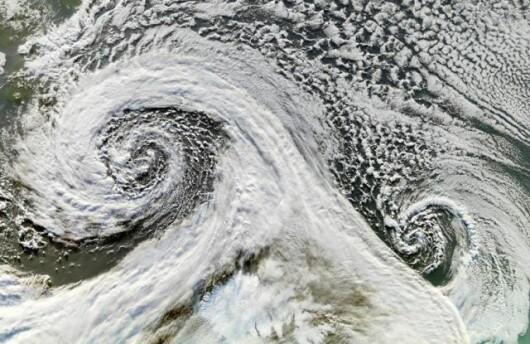 Ciclon dublu - Antarctica (Noiembrie 2006)