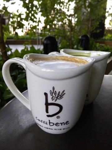 IMAG1697 左營-Caffe Bene韓風咖啡館咖啡陪你 不過就只是咖啡館