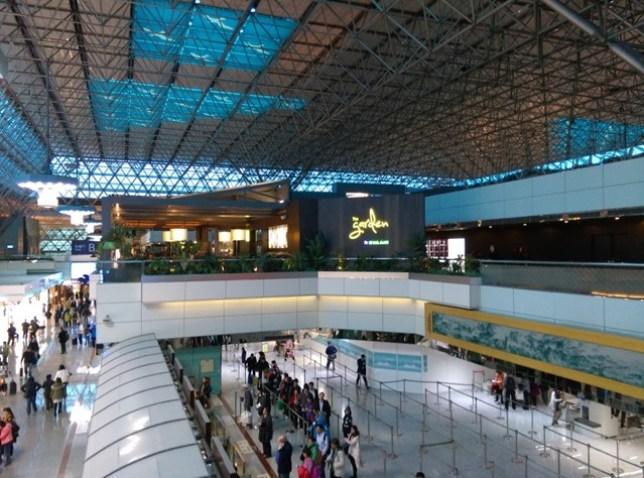 fly03 201503飛香港也有商務艙喔 怎麼這麼好