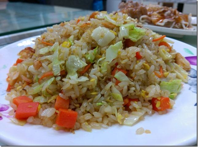 5_thumb1 新竹-大眾小吃店 炒飯是好吃的好吃的好吃的