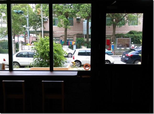 17_thumb2 竹北-直達咖啡 活潑優雅的咖啡空間