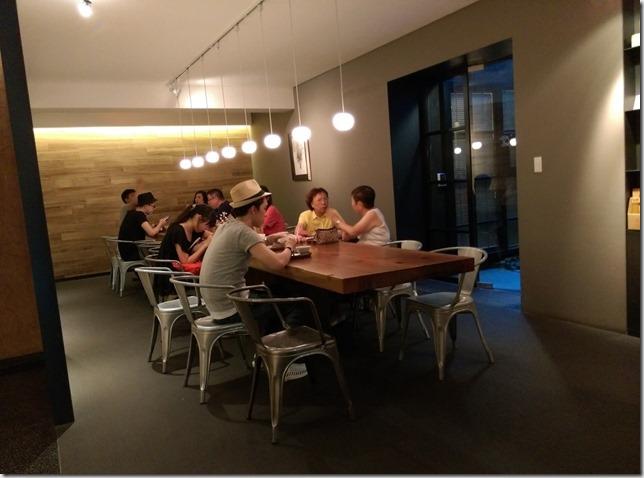 12_thumb2 松山-微熱山丘 喝茶 會朋友 吃鳳梨酥 把鳳梨酥當精品