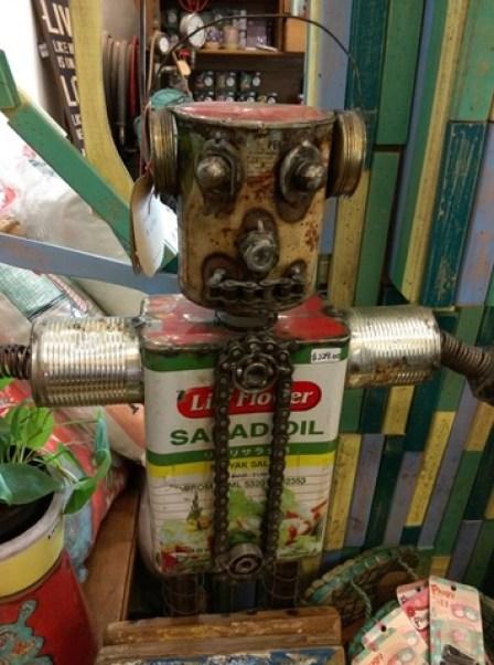 AEIOU17 Singapore-AEIOU 叮叮噹噹充滿手創鐵件木作特色咖啡廳