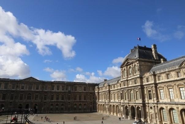 11111044 Paris-巴黎羅浮宮Musee du Louvre 藝術殿堂眼花撩亂看不完 一馬當先看蒙娜麗莎