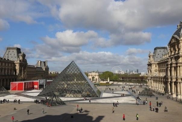 11111046 Paris-巴黎羅浮宮Musee du Louvre 藝術殿堂眼花撩亂看不完 一馬當先看蒙娜麗莎