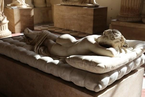 11111050 Paris-巴黎羅浮宮Musee du Louvre 藝術殿堂眼花撩亂看不完 一馬當先看蒙娜麗莎