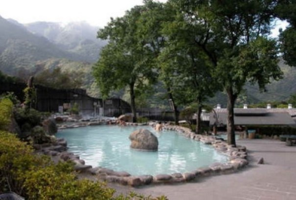 114989 陽明山-馬槽花藝村 泡湯吃飯喝杯茶的好地方