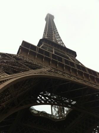 1322398077-152959623-e1438729272117 Paris-Eiffel Tower巴黎鐵塔