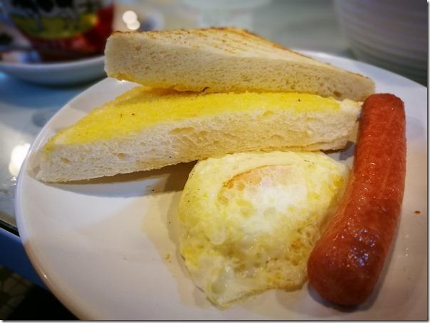 swisscoffee07_thumb HK-瑞士咖啡室 (灣仔) 感受傳統香港早餐店的氣氛與美食