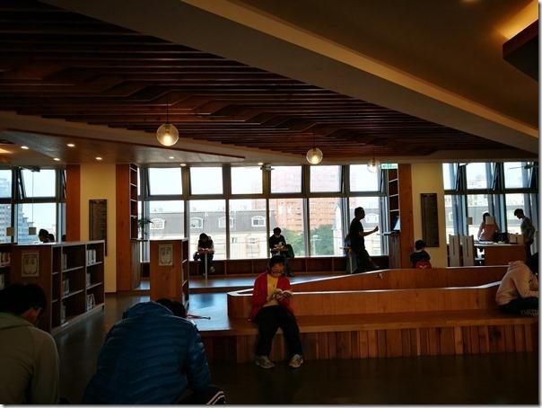longganlibrary19_thumb 中壢-龍岡圖書館 最美的圖書館最文藝的時光