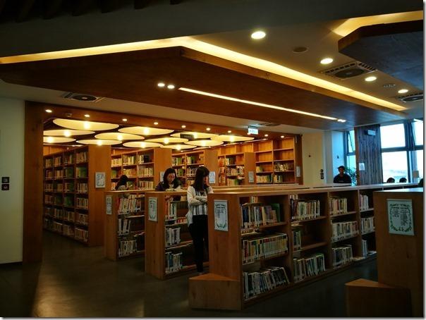 longganlibrary20_thumb 中壢-龍岡圖書館 最美的圖書館最文藝的時光