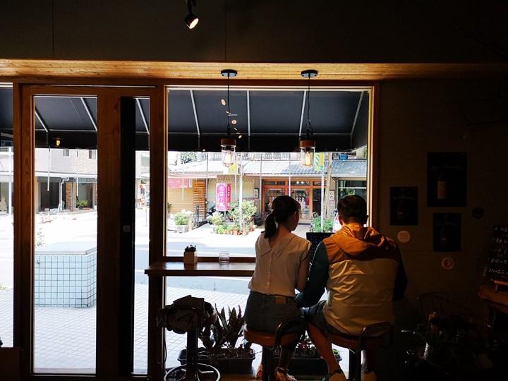14coffee08-1 中壢-拾事咖啡 優雅舒適爽口單品搭可口甜點又不限時 坐下來不想走了
