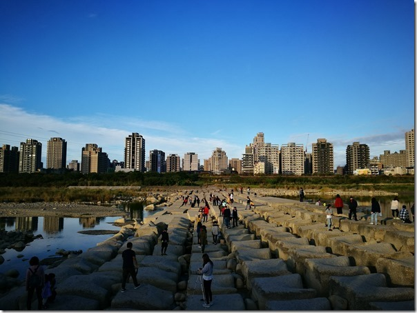 hsinchu-tofurock01_thumb 新竹-IG熱點豆腐岩 頭前溪看兩岸美景