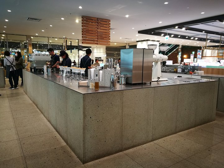 bluebottlecoffee14 Shinagawa-品川車站巧遇藍瓶子Blue Bottle怎麼樣也要來一杯